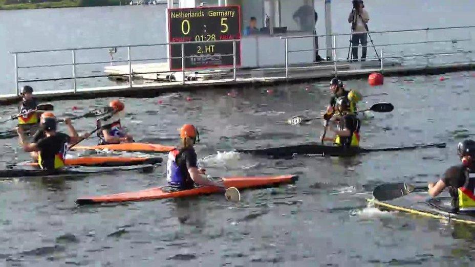 6:0 der deutschhen Kanu-Polo Damen gegen die Niederlande