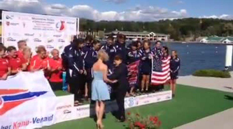 Siegerehrung bei der Drachenboot WM 2014